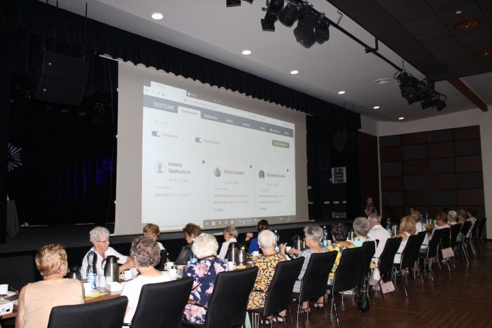 """Presentation """"Empowering seniors"""" in Estonia …"""